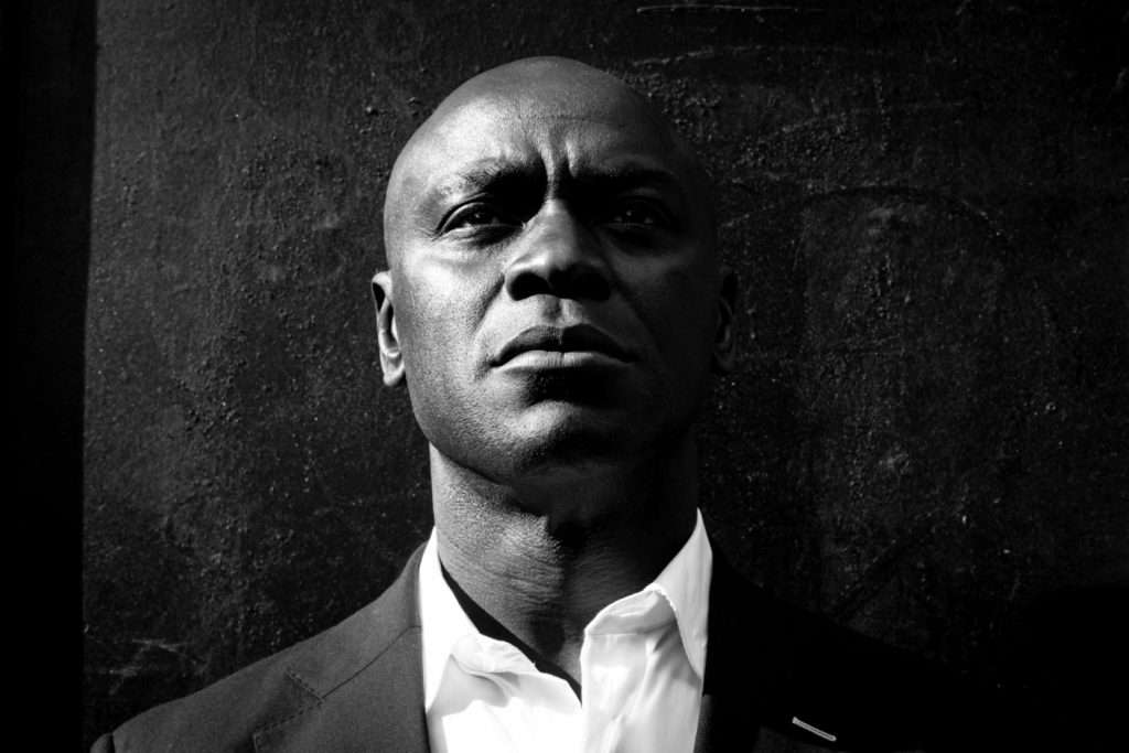 Holdup, the new EP From Ola Onabule and The Hazelrigg Brothers – Jazz in Europe